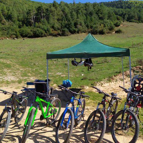 mountain-bikes-lake-doksa